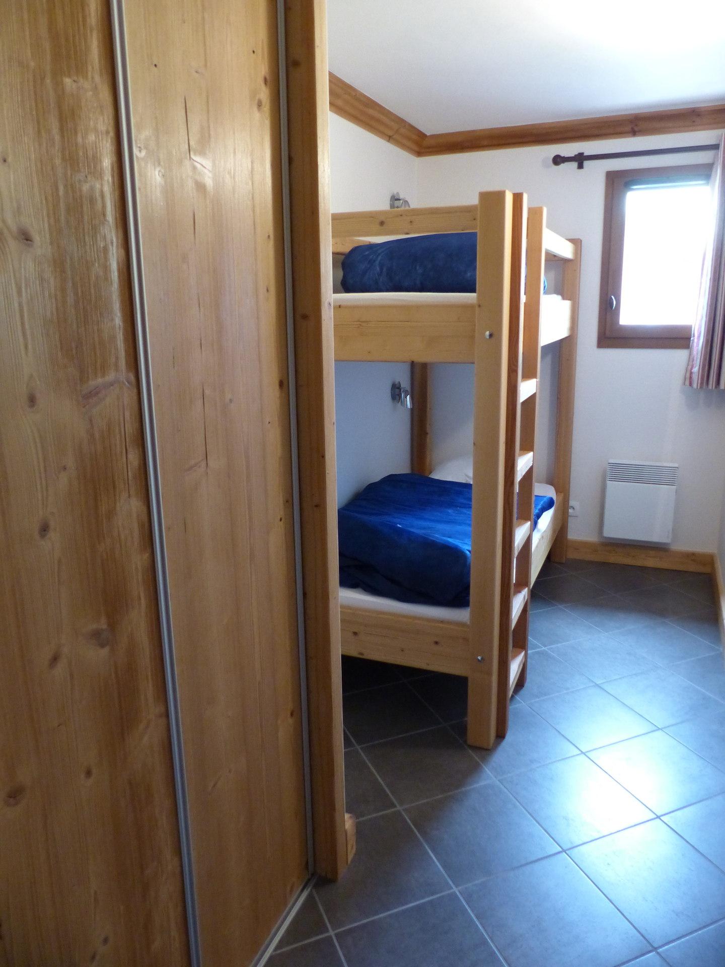 CriD12 - Chambre lits superposés