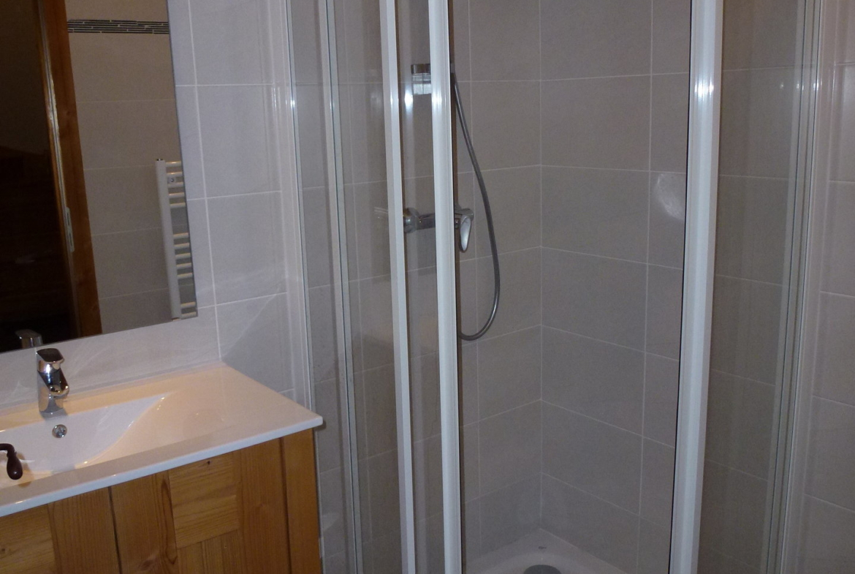CriB05 - Salle de douche